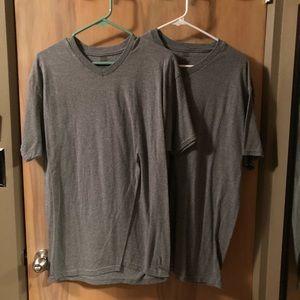 Hanes ComfortSoft Gray V-Neck T-Shirt Sz L